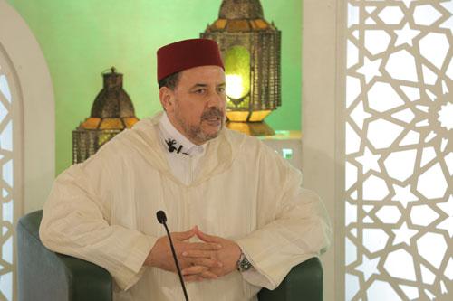 د. أحمد عبادي في خيمة طابة الفكرية